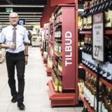 Fra og med lørdag hedder Torben Christensens butik på Borup Allé på Frederiksberg i København ikke længere SuperBest. Den skal hedde Meny, ligesom 118 andre SuperBest- og Eurospar-butikker landet over. Berlingske Business var inviteret inden for få dage før den officielle åbning.