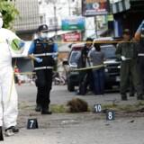 Det populære turistmål Hua Hin i Thailand blev i går ramt af flere eksplosioner.