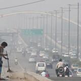 New Delhi er ifølge WHO verdens mest smoghærgede storby – og dermed endnu mere sundhedsfarlig end selv de værste industribyer i Kina.