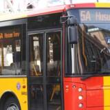 Arkivfoto. Trafikselskabet Movia har valgt at pille en række reklamer, som kritiserer israelske bosættelser, af deres busser. En forhastet beslutning, mener Dansk-Palæstinensisk Venskabsforening.