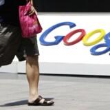 Google har øget krypteringen af udveksling af beskeder i Gmailsystemet, så alle mail er krypteret, når de bevæger sig mellem selskabets interne servere.