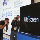 Blandt nyskabelserne inden for smart-TV på messen Consumer Electronics Show 2014 i Las Vegas er Panasonics' tjeneste Life Screen. Den giver blandt andet mulighed for, at op til seks forskellige brugere af fjernsynet kan have deres egen profil og samle fjernsynsudsendelser fra lige netop de fjernsynskanaler, de hver især har lyst til.