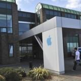Apple Operations International er Apples europæiske afdeling i Cork i det sydlige Irland. Amerikanske politikere mener, at Apple unddrager sig skat ved at sende store dele af sit overskud hertil. Footo: Michael MacSweeney, Reuters/Scanpix