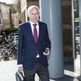 Retssagen mod den tidligere ledelse i Amagerbanken. N. E. Nielsen foran retten i Lyngby.