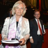 Telias nye bestyrelsesformand, Marie Ehrling, ankommer til selskabets generalforsamling i Stockholm. Foto Anders Wiklund, Reuters/Scanpix
