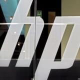 Hewlett-Packard forventer besparelser på 2,7 mia. dollar. Selskabet har tidligere oplyst en forventning om besparelser på 2 mia. dollar, men der er nu fundet ekstra 700 mio. dollar i besparelser på tværs af hele organisationen.