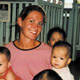 Frivilligt arbejde kan bestå af alt fra pleje af truede dyr i Sydamerika til at tag sig af efterladte børn på et børnehjem i Asien.
