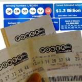 Endnu ingen har vundet den historisk store gevinst i det amerikanske Powerball-lotteri. Foto: Karen Bleier (AFP)
