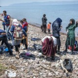 Arkivfoto: Nyankomne afghanske flygtninge, der lige er ankommet til den græske ø Lesbos med gummibåd fra Tyrkiet.