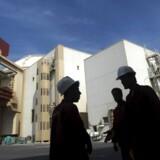 Sanktionerne, som er blevet indført mod Iran i forbindelse med landets atomprogram, der bl.a. udvikles på Bushehr-atomkraftværket, har kostet erhvervslivet mange muligheder for handle.