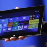 Microsofts nye tavlePC, Surface Pro 2, byder ikke på store overraskelser, men er mere af det samme, lyder dommen fra de amerikanske anmeldere. Foto: Scanpix
