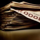 I 2013 lånte danskerne 99,3 millioner kroner i SMS- og internetlån med en løbetid på op til tre måneder.
