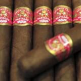 En pakke ekslusive Partagas Habana cigharer fra Scandinavian Tobacco Group.