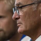 Leicester-manager Claudio Ranieri havde taget Kasper Schmeichel med sig til tirsdagens pressemøde før tirsdagens opgør mod FC København. Scanpix/Justin Tallis