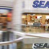 Den amerikanske varehuskæde Sears viser en vigende omsætning.