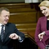 Socialdemokraterne har vundet terræn på at fokusere på Helle Thorning-Schmidts større popularitet hos vælgerne end Lars Løkke-Rasmussen. Foto: Keld Navntoft
