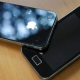 Sagen om, hvor meget Samsung lod sig inspirere af Apples design, fortsætter nu i USA. Der står milliarder af kroner på spil. Arkivfoto: Damien Meyer, AFP/Scanpix