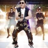 Sydkoreanske Psys kæmpehit 'Gangnam Style' har trukket mere end to milliarder visninger på YouTube, men kunne indtil for nylig være blevet slettet.