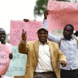 FNs generalsekretær, Ban Ki-moon, opfordrer Uganda til at ophæve den udskældte lov, der kriminaliserer homoseksuelle.