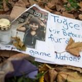 »Hvor andre mennesker kiggede væk, har Tugçe Albayrak på forbilledlig vis udvist mod og civilcourage og hjulpet ofrene for en voldshandling,« skrev Tysklands præsident, Joachim Gauck, til den nu afdøde 22-årige lærestuderendes familie.