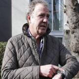 BBC har suspenderet TV-værten Jeremy Clarkson fra programmet Top Gear efter endnu en provokation. Billedet er taget onsdag eftermiddag i London.