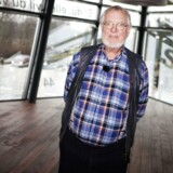 """Erhvervsmanden og tidligere folketingsmedlem Kai Dige Bach, 79 år. Bach har bygget dette hus """"Flagskibet"""" i Herlev til 25 millioner. Her vil han lade iværksættere bo gratis, de skal kun betale eget forbrug. Foto: Simon Skipper"""