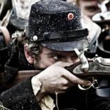 Stillfotos fra tv-serien '1864'.