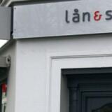 Lån og Spar Bank, logo