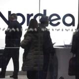 Investorerne vil fra morgenstunden have fæstnet blikket mod aktien i storbanken Nordea, der har præsenteret et skuffende regnskab for fjerde kvartal, hvor der var tilbagegang på alle bankens indtægtsposter.