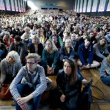Mens nye studerende i Aarhus kan være heldige at få midlertidig bolig i blandt andet skurvogne, må nye københavnere vente på, at en permanente bolig dukker op.