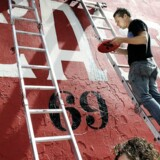 Gade- og plakatkunstneren Shepard Fairey maler igen på Jagtvej 69.
