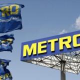 En fusion med engroselskabet Euro Cater skulle have været redningsplanen for varehuskæden Metro, men fusionen blev droppet. Nu politianmelder Konkurrence- og Forbrugerstyrelsen Metro for at holde centrale oplysninger tilbage i forbindelse med godkendelsen af fusionen.