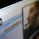 Med computerprogrammet Skype kan man ringe gratis til folk over hele kloden, fordi samtalen foregår via internetforbindelsen. Skype krypterer samtidig samtalen, så ingen kan lytte med - endnu da. Arkivfoto: Paul Hackett, Reuters/Scanpix