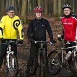 Jens Smedegaard (t.v.), Michael Pieters og Torben Kaag nyder det afbræk fra hverdagen, som en tur på mountainbike er.