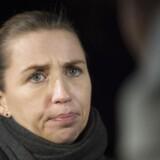 Mette Frederiksen retter skarp kritik mod DF.