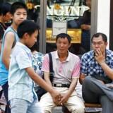 Den kinesiske middelklasse vil i år runde 109 mio. voksne mennesker og overhaler dermed for første gang USA, hvis middelklasse består af 92 mio. mennesker.