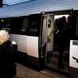 Kystbanen er en af de banestrækninger, hvor beslutningen om enmandsbetjente tog nu er udskudt på ubestemt tid.