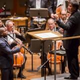 Anthony McGill har kendt Carl Nielsens klarinetkoncert fra barnsben og gav den til stående ovationer i Avery Fisher Hall på Manhattan torsdag aften. Indspilningen ventes klar til april. Foto: Chris Lee