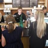 Starbucks har nu åbent for naboerne
