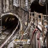 Arkivfoto. En gruppe metroarbejdere, der arbejder på Københavns metrotunnel, nedlægger arbejdet i protest.