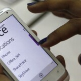 HTC producerer allerede mobiltelefoner med Windows, her Radar-modellen, men Microsoft mener ikke, at HTC har tilstrækkelig med erfaring på tavle-PC-området. Foto: Pichi Chuang, Reuters/Scanpix