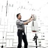 ARKIVFOTO. Afprøvning af dvs. produkter i forskellige lydbokse.