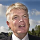 Den hjemsendte departementschef Peter Loft får tre års løn med sig.