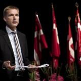 Dansk Folkepartis partiformand Kristian Thulesen Dahl taler fra scenen i Herning på partiets landsmøde.