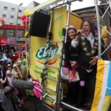 Den første weekend i juli er tid for Schlager-Festival. Den årlige Hamburger Schlagermove er et tilløbsstykke for alle med hang til en god tysk schlager og party for alle pengene – der reklameres bl.a. med »Deutschlands verrückter Koteletten-Samba«.