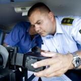 Venstre vil have politiet til at oplyse, hvor fotovogne er placeret.