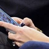 I Australien har flere iPhone-brugere oplevet, at hackere har tilkæmpet sig adgang til deres mobiltelefoner og låst dem med krav om en løsesum for at låse dem op igen.