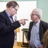 Arkiv: Poul Nyrup Rasmussen taler med SFs Holger K. Nielsen.