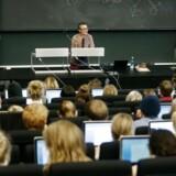 Undervisningsminister, Morten Løkkegaard (R), ønsker ændringer på de videregående uddannelser. Her forelæsning i dansk på Institut for nordiske studier og sprogvidenskab, Københavns Universitet Amager.