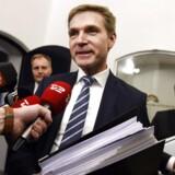 Finanslovsforhandlinger torsdag d. 19. november 2015. DF's Kristian Thulesen Dahl til finanslovsforhandlinger i Finansministeriet.